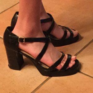BONGO strappy wide heels